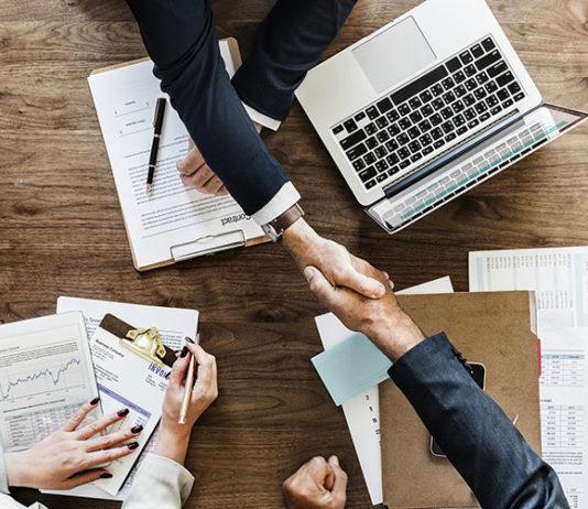 Czy sposób zarządzania firmą może wpływać na zadowolenie klientów